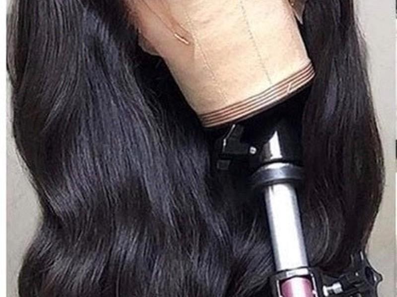 Perruque noire 50cm